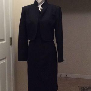 Ladies Anne Klein top piece dress suit